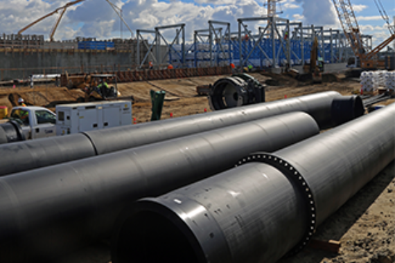 Large diameter HDPE onsite at desalination plant